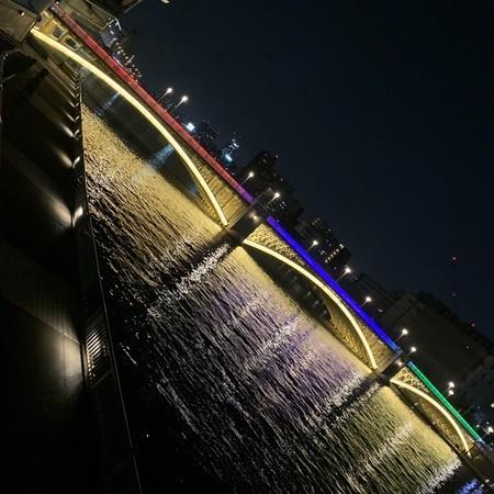Lighting up the Kuramae Bridge