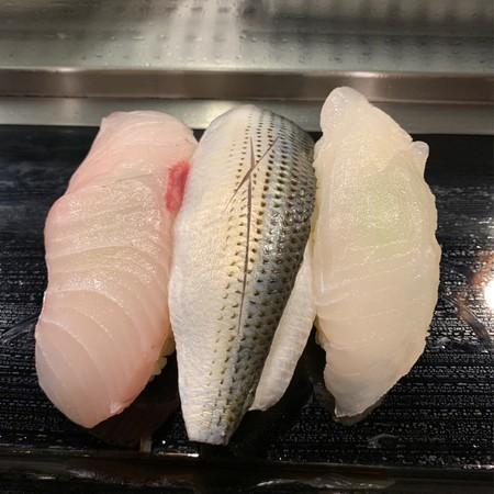 3-piece set of flatfish, yellowfin tuna, and amberjack