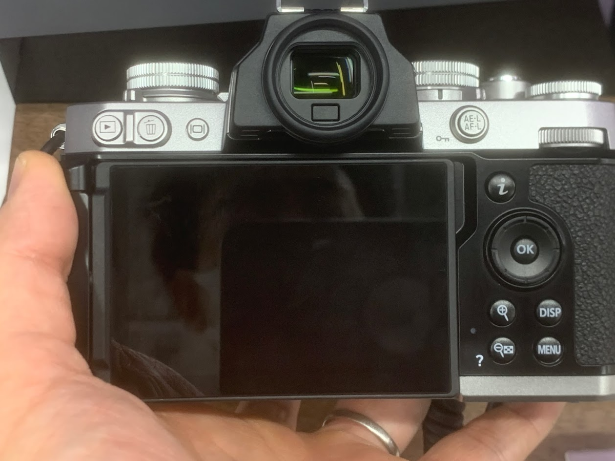 Nikon Z fc 丸窓ファインダー