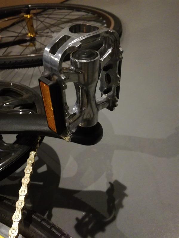 LIG(リグ) MOVE クロスバイク 700Cのペダル取付3