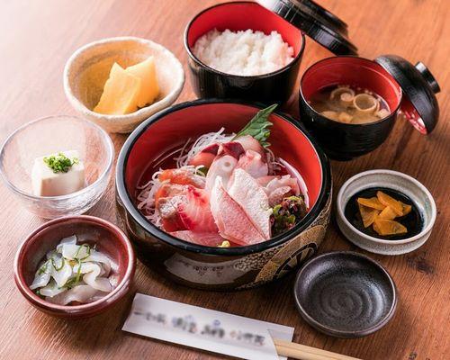 池袋,神谷町駅周辺の和食洋食おすすめ店,ワインで昼飲みも人気!バルの絶品海鮮ランチ