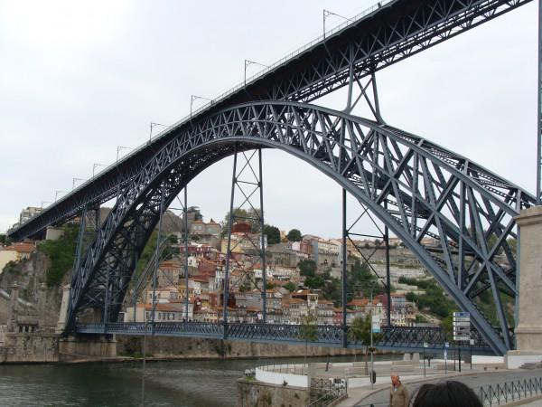 atPorto 鉄橋