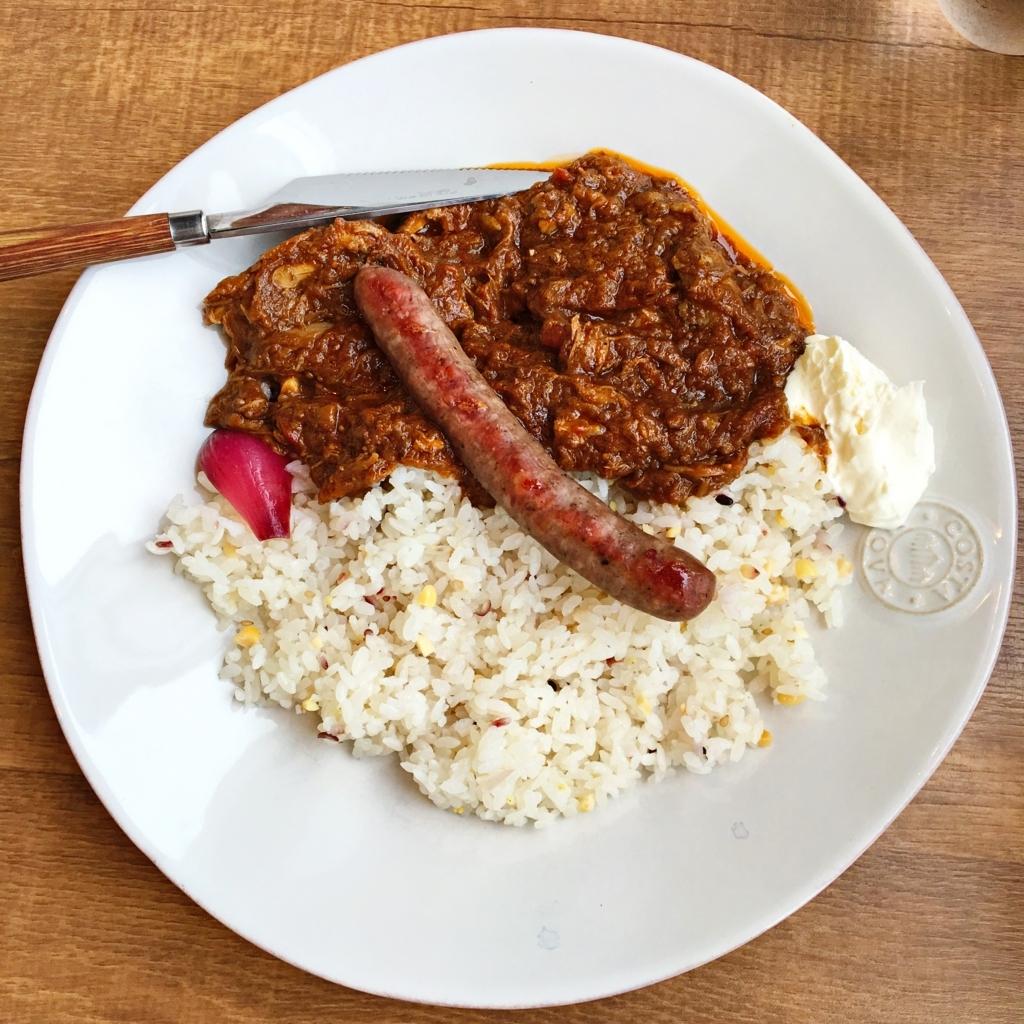 蝦夷鹿肉のソーセージ+チキンカレー
