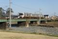 JR御殿場線、川音川橋梁を惜しくも通りすぎていった電車