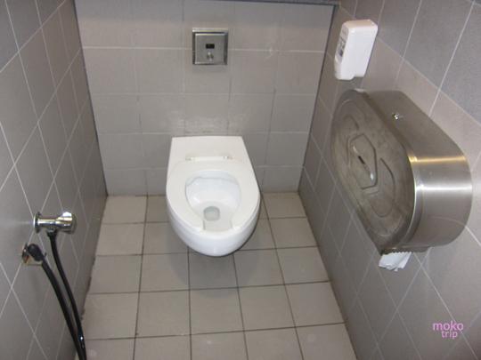 クアラルンプール国際空港 トイレ