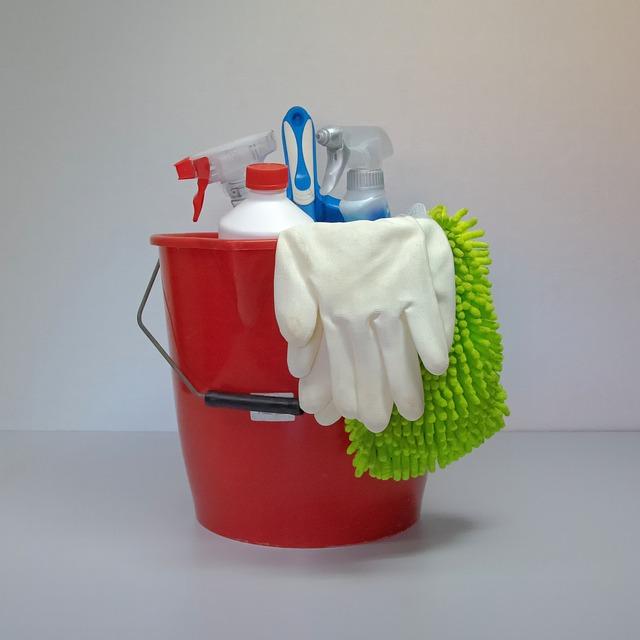 モルモットケージの日常掃除