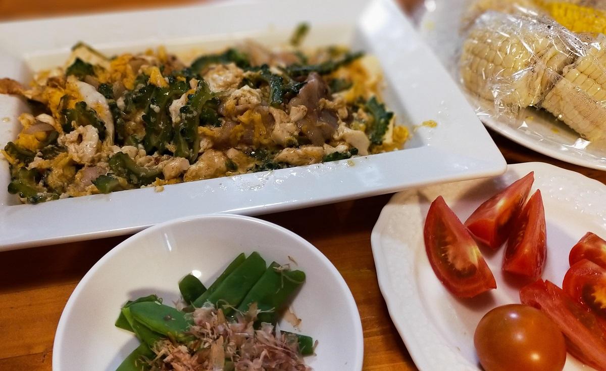 ゴーヤチャンプルーと夏野菜