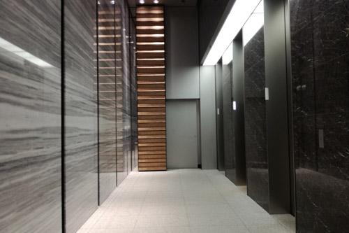 高層階にあるエレベーター