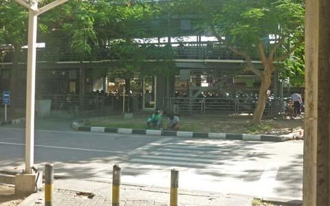 バイクの立体駐車場