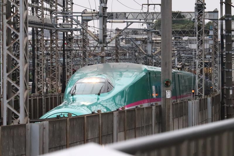 東北新幹線E5系