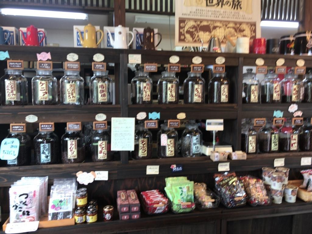 大和屋のコーヒー豆コーナー