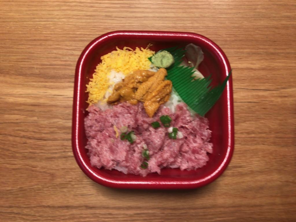 金沢丼丸のウニネギトロ丼2