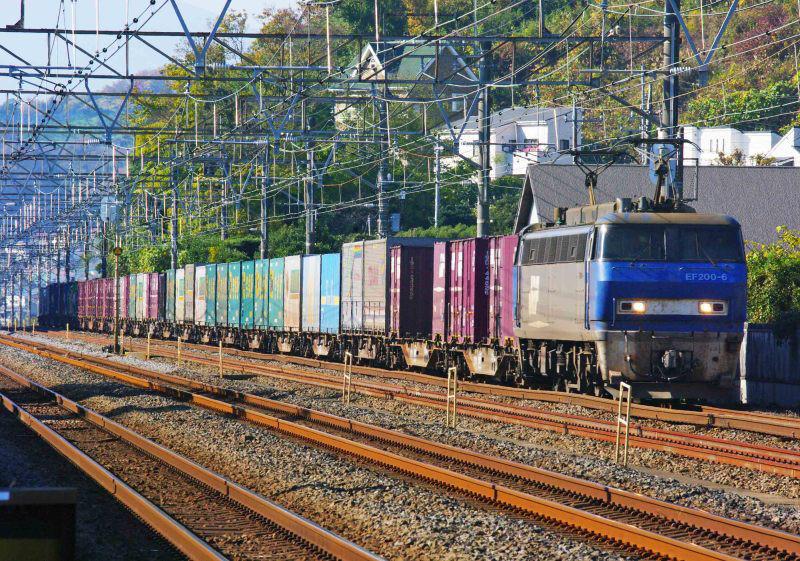 EF200 東海道線 大磯 二宮 5052ㇾ
