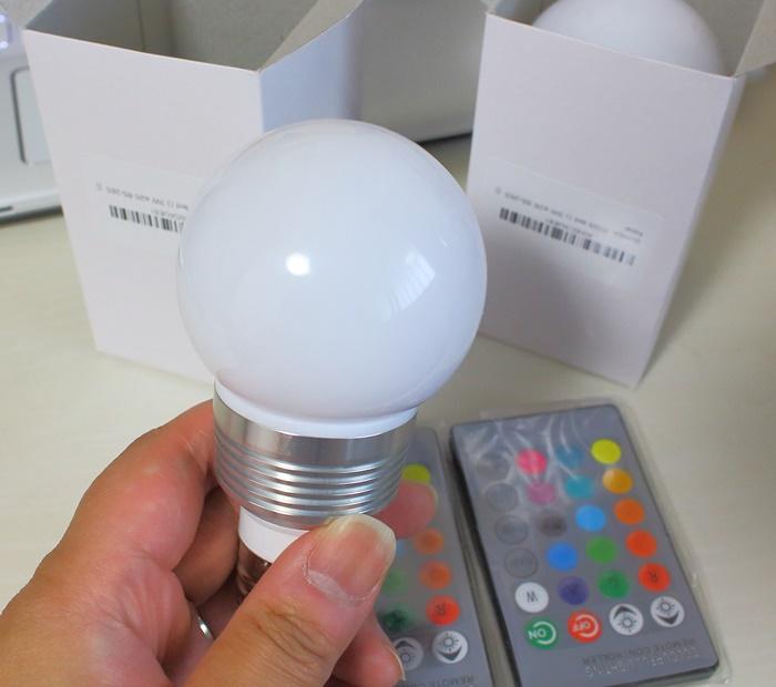 マルチカラーLED電球