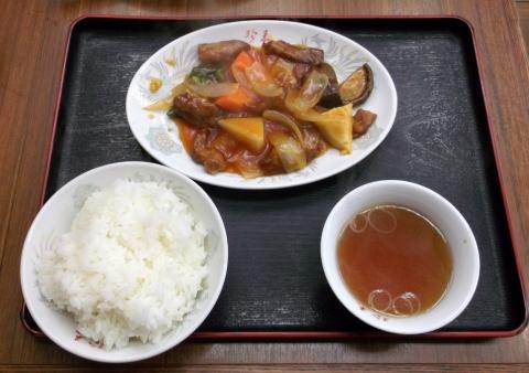 つくばエクスプレス六町駅近くの中華料理点、珍来六町店の酢豚定食