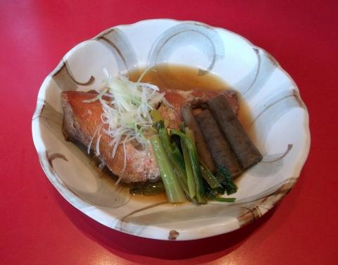 大泉学園駅近くの魚料理、海鮮料理まるふくの金目鯛の煮付け