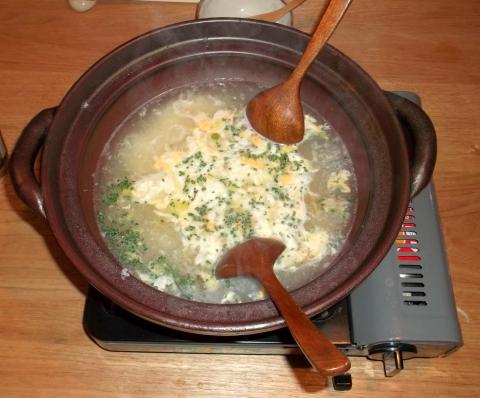 しなの鉄道の中軽井沢駅駅近くの長野県北佐久郡軽井沢町長倉にある和食宿菜々せの夕食のどぐろのしゃぶしゃぶの出し汁を使った雑炊