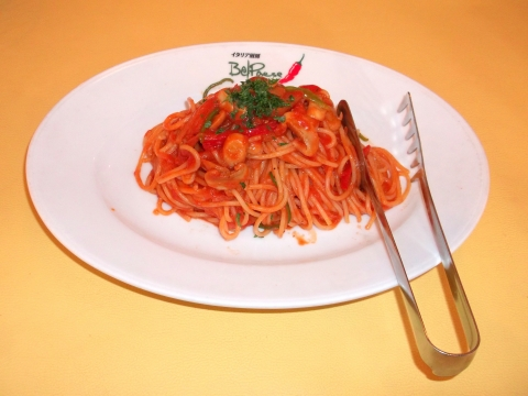 イタリア厨房ベルパエーゼ春日部店ナポリタン