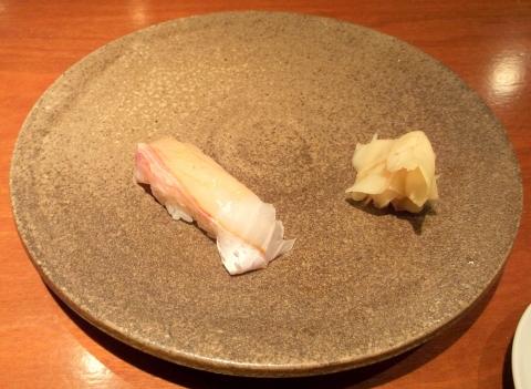 埼玉県越谷市千間台西1丁目にある鮨うつし川の真鯛