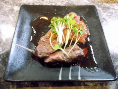 東京都練馬区旭町1丁目にある和食店「うな雅」アンガス牛ステーキ