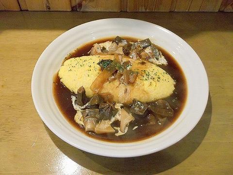 千間台西にある洋食店厨Sawaの牛ホホ肉のハヤシのオムライス