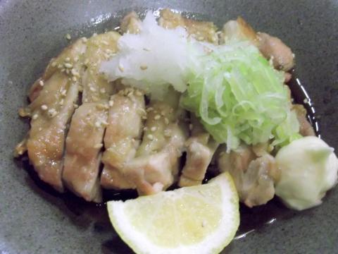 埼玉県越谷市千間台西5丁目にある居酒屋あかふくの鶏のポン酢ステーキ