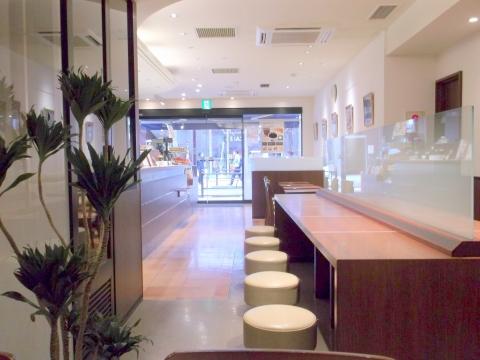 練馬区東大泉にあるカフェKEY'S CAFÉ キーズ カフェ大泉学園店の内装