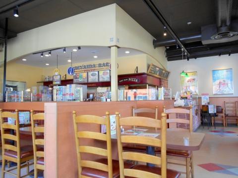 つくばエクスプレス青井駅と六町駅を最寄駅とする東京都足立区一ツ家3丁目にあるパスタ専門店ジョリーパスタJolly-Pasta青井店の店内