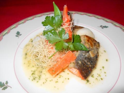 埼玉県春日部市南4丁目にあるフレンチレストラン「ピノ」魚料理