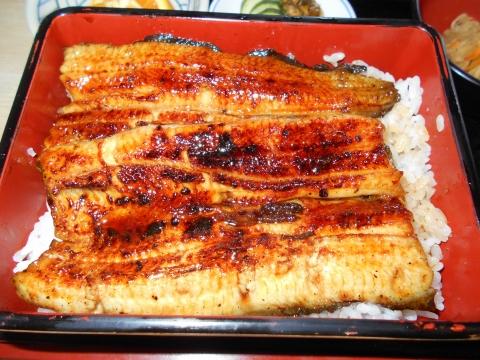 JR武蔵野線および埼玉高速鉄道の埼玉スタジアム線の東川口駅近くの埼玉県さいたま市緑区大門にあるうなぎ川魚料理のお店満寿家の肝吸い