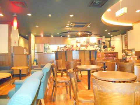 広島県広島市中区立町にあるカフェ「シアトルズ・ベスト・コーヒー 広島立町店」店内