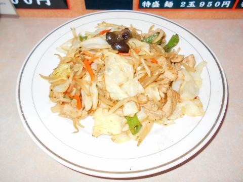 つくばエクスプレスの六町駅を最寄駅とする東京都足立区一ツ家2丁目にある中華料理店比良井の肉野菜炒め