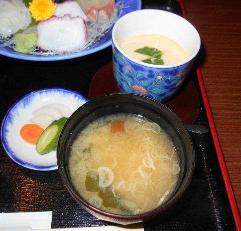 埼玉県春日部市中央1丁目にある和食、割烹料理のお店「レストラン松」お造り御膳の茶わん蒸し