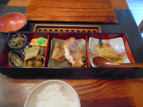 東京都練馬区東大泉5丁目にある和食のお店「小料理 石井」焼魚定食