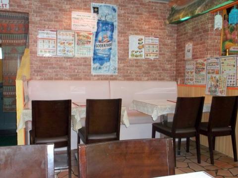 東武スカイツリーラインのせんげん台駅を最寄駅とする埼玉県越谷市千間台西1丁目にあるインド北部料理のパンジャビせんげん台店の店内