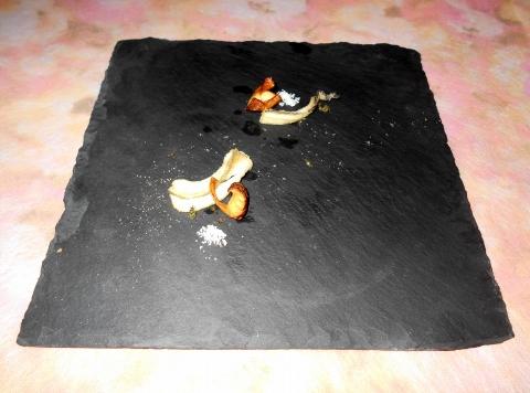 西武池袋線の大泉学園駅を最寄駅とする東京都練馬区東大泉1丁目にあるイタリア料理店リストランテカルドRISTORANTE CALDEのアナゴとトリュフ