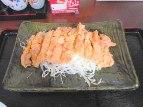 東京都練馬区東大泉6丁目にある中華料理店「龍の里」メイン料理