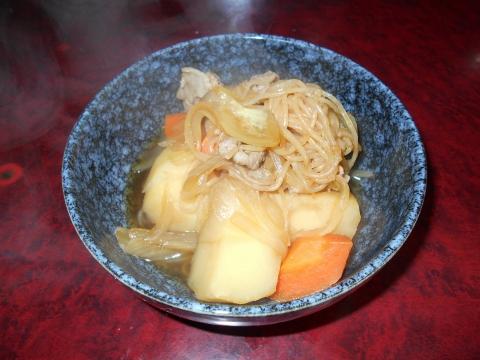 都営大江戸線の練馬春日町駅近くの東京都練馬区高松2丁目にある和食のお店小料理対馬の肉じゃが