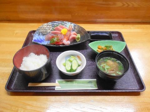 埼玉県春日部市大場にある居酒屋「海食 さが野」上刺身定食