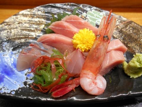 埼玉県春日部市大場にある居酒屋「海食 さが野」上刺身定食の刺身