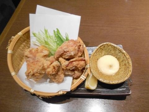 埼玉県所沢市日吉町にある居酒屋 「魚と地酒 葵や 所沢本店」鶏の唐揚げ