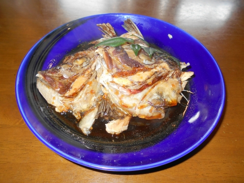 埼玉県越谷市大泊にある割烹料理店「割烹 佳瑞」鯛かぶと煮