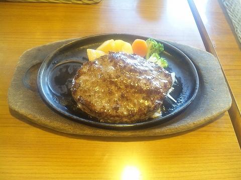 埼玉県所沢市上安松にあるステーキ、ハンバーグの「ステーキのどん 所沢東店」超粗挽きハンバーグステーキ(250g)