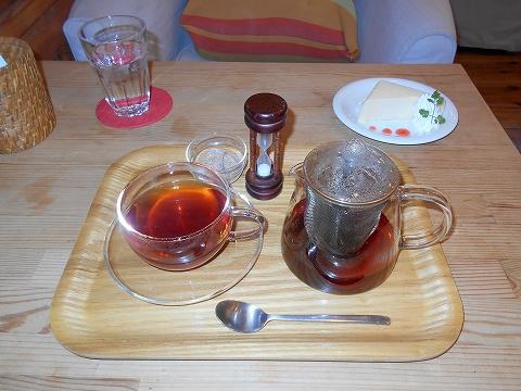 東京都大田区田園調布南にあるカフェ「カフェ ユニゾン cafe UNISON」 ホットアップルティー