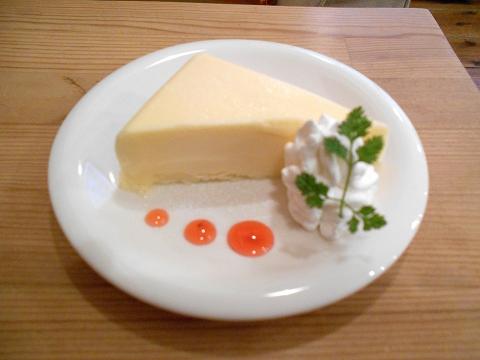 東京都大田区田園調布南にあるカフェ「カフェ ユニゾン cafe UNISON」チーズケーキ