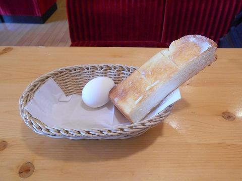 群馬県館林市富士見町にある喫茶店「コメダ珈琲 館林店」トーストとゆで卵