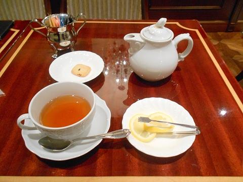 東京都目黒区自由が丘2丁目にある喫茶店「珈琲茶館 集 自由が丘店」ダージリンティー