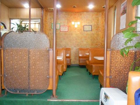 東武スカイツリーライン武里駅近くの埼玉県春日部市大場にある喫茶店珈琲パーラージョイの店内