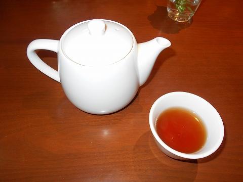 埼玉県さいたま市見沼区大和田にある中華料理、創作料理のお店「ASIAN FRENCH DINING 味市場 大和田本店」ウーロン茶