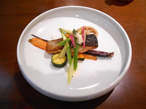 埼玉県さいたま市見沼区大和田にある中華料理、創作料理のお店「ASIAN FRENCH DINING 味市場 大和田本店」市場直送 鮮魚の料理 素材を生かしたソースで